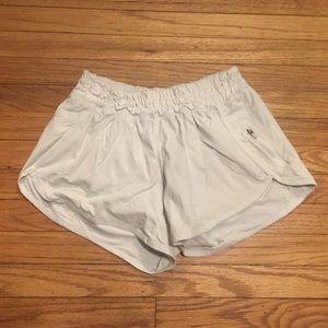 Lululemon white running shorts - sz 6